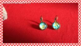 Boucles d'oreilles cabochon pixels colorés