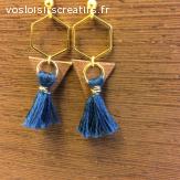 Boucles d'oreilles en bois et pompon handmade