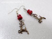 Boucles d'oreilles Noël rouge et bronze breloque cerf