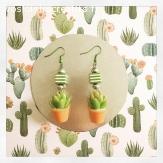 Boucles d'oreilles plantes miniatures