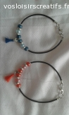 Bracelets cuir perles en verre et pompons / enfants