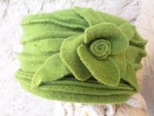 chapeau toque vert en laine polaire