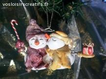 Décoration de Noël à suspendre « plaisir d'offrir » couple.