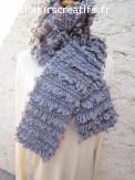 écharpe de laine grise