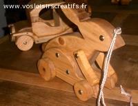 Le lapin, jouets en bois, création artisanale.