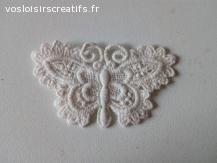 Papillon Dentelle en guipure 7.5 x 4.5 cm beige écru