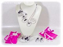 Parure bijoux noir et blanc fait main coffret cadeau