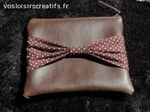 Pochette zipée vintage marron 19x16 cm