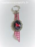 """Porte clés """" Le petit chaperon rouge """""""