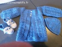 Très belle ensemble veste en laine au crochet fait main, bon