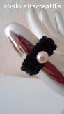Bague noir avec perle
