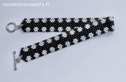 Le Bracelet fleuri Noir argenté