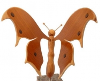 papillon bois sapiens, cerisier et hêtre socle en marbre ita
