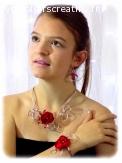 Parure fleur rouge et argent bijoux fil aluminium