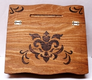 Pupitre bois pyrogravé style renaissance